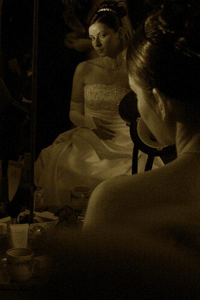 Невеста. Последние приготовления.